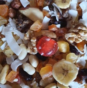 Tropical Fruit N Nut Surprise Mix 100g Healthy Bird Treat