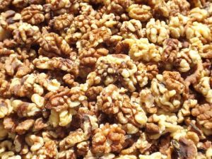 Tidymix Walnut Halves - 500g
