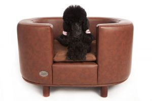 Chester & Wells Hampton Small Brown Dog Bed