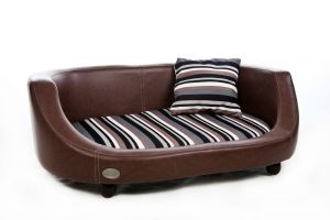 Chester & Wells Oxford II Large Brown Dog Bed